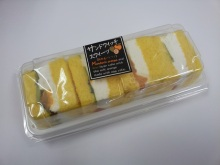 フルーツの酸味とクリームのベストカップル!阪神製菓 サンドウィッチスイーツ みかんキウイ