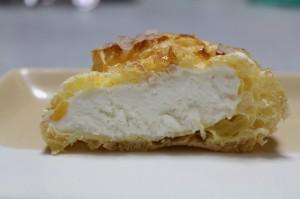 東京じゃなくて尼崎で作ってる人気シュークリーム!Amaria(アマリア) 「ざらめシュークリーム ミルク」